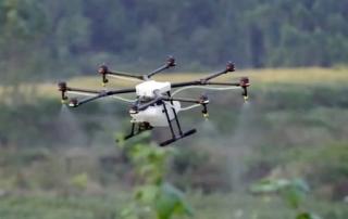 dron fumigador